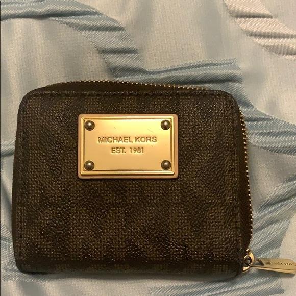 Michael Kors Handbags - ❌SOLD❌ Michael Kors Wallet